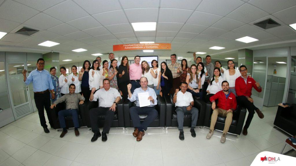 Administración de Empresas Dual (Colombia) logra la acreditación internacional con ACBSP como parte de la facultad de Ciencias Administrativas y Contables UNAB.